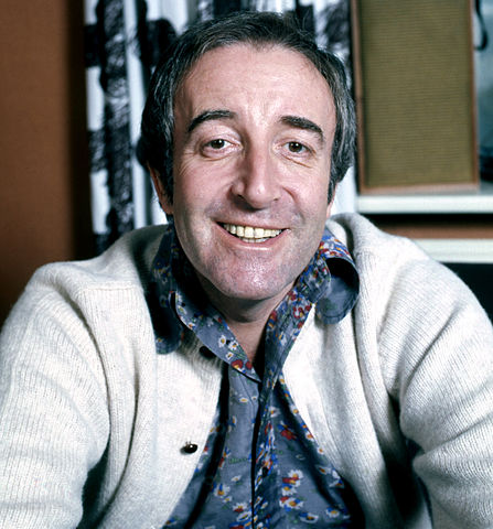 Peter_Sellers_Photograph by Allan Warren Derivative by Keraunoscopia