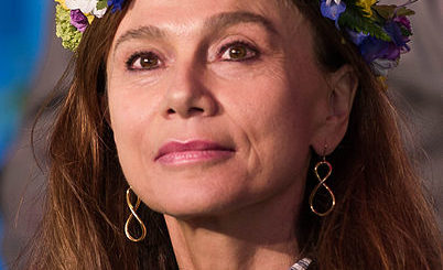 Lena Olin- By Frankie Fouganthin - Own work, CC BY-SA 4.0, https://commons.wikimedia.org/w/index.php?curid=41032628