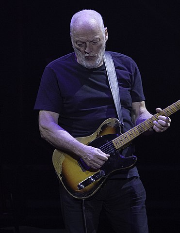 David Gilmour - By Jimmy Baikovicius - flickr, CC BY-SA 2.0, https://commons.wikimedia.org/w/index.php?curid=67575636
